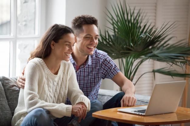 1 - Rendez-vous de 30 min par Messenger ou Skype. Réservez un rendez-vous avec viladanse pour votre ouverture de bal mariage bordeaux